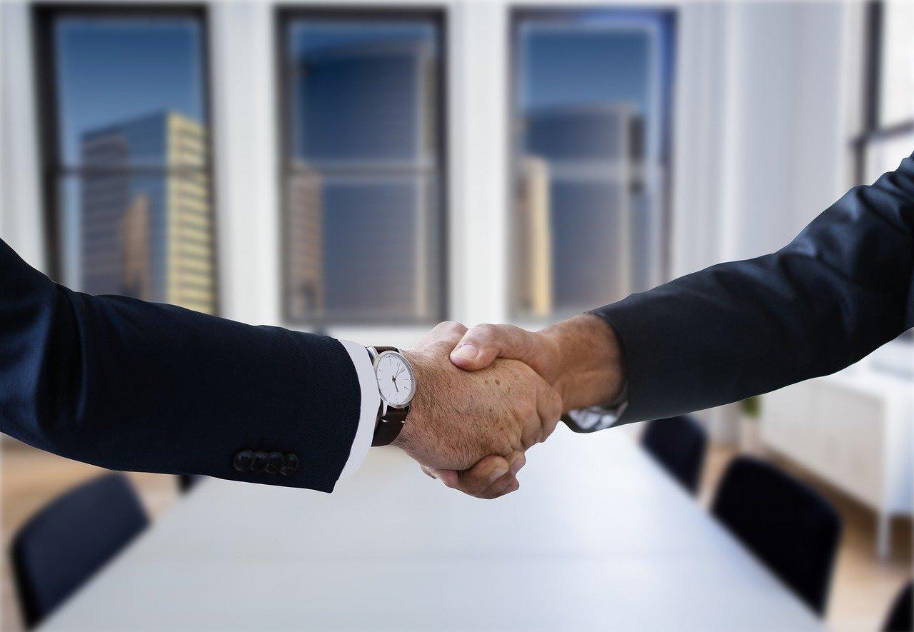 Como vender mais? Confira dicas para simplificar o seu processo comercial e alcançar mais resultados